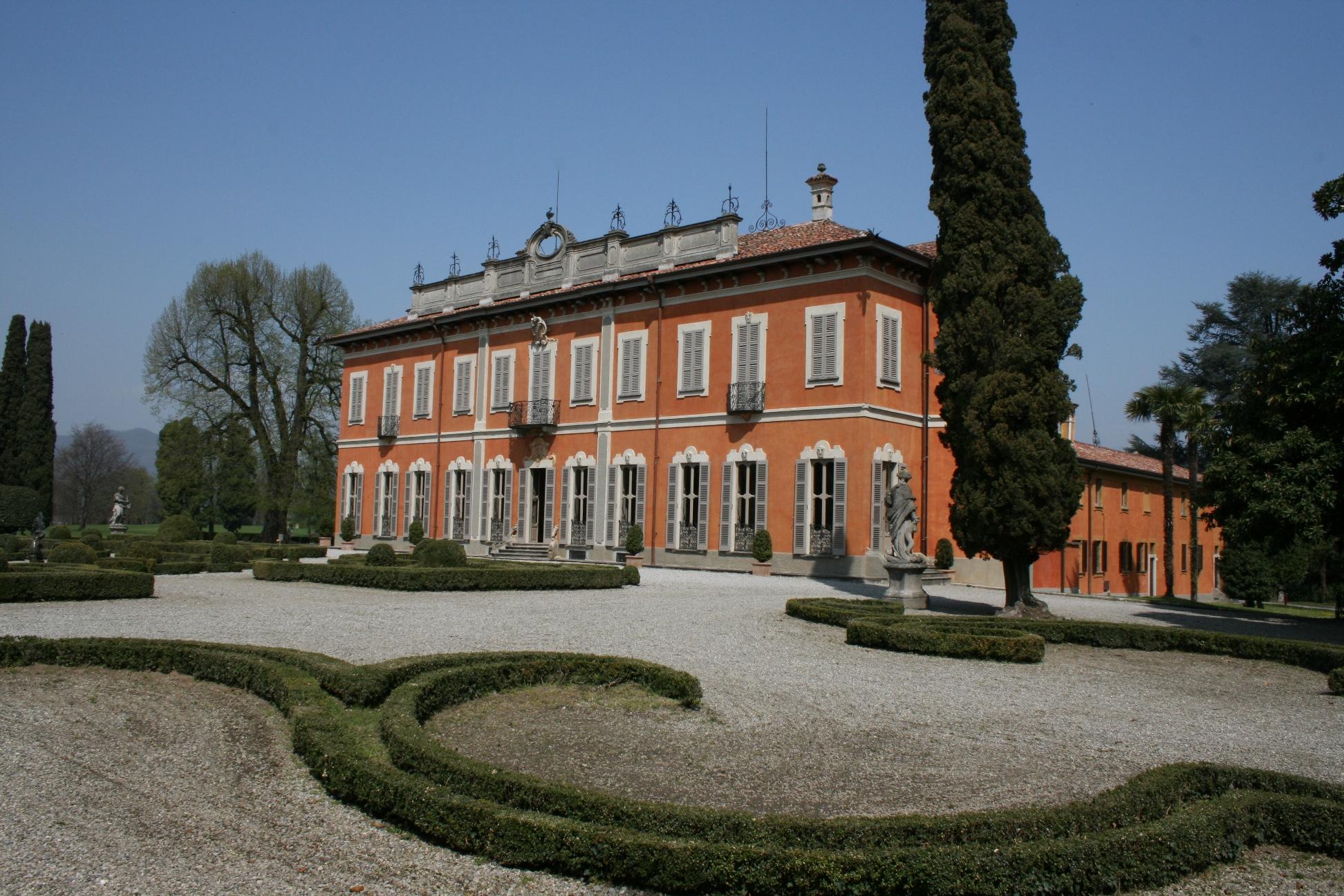 Villa Subaglio Di Merate Storica Eleganza