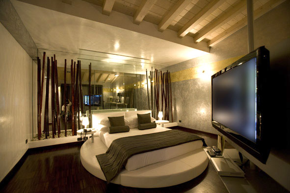 Idee capodanno 2009 onemhotel a brescia - Idromassaggio in camera da letto bari ...