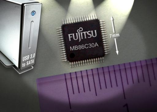 Fujitsu lancia un convertitore USB 3.0 - SATA