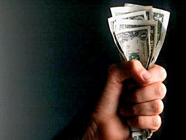 """Studio OCSE: reddito universale """"Sarebbe un boom per le tasse"""""""
