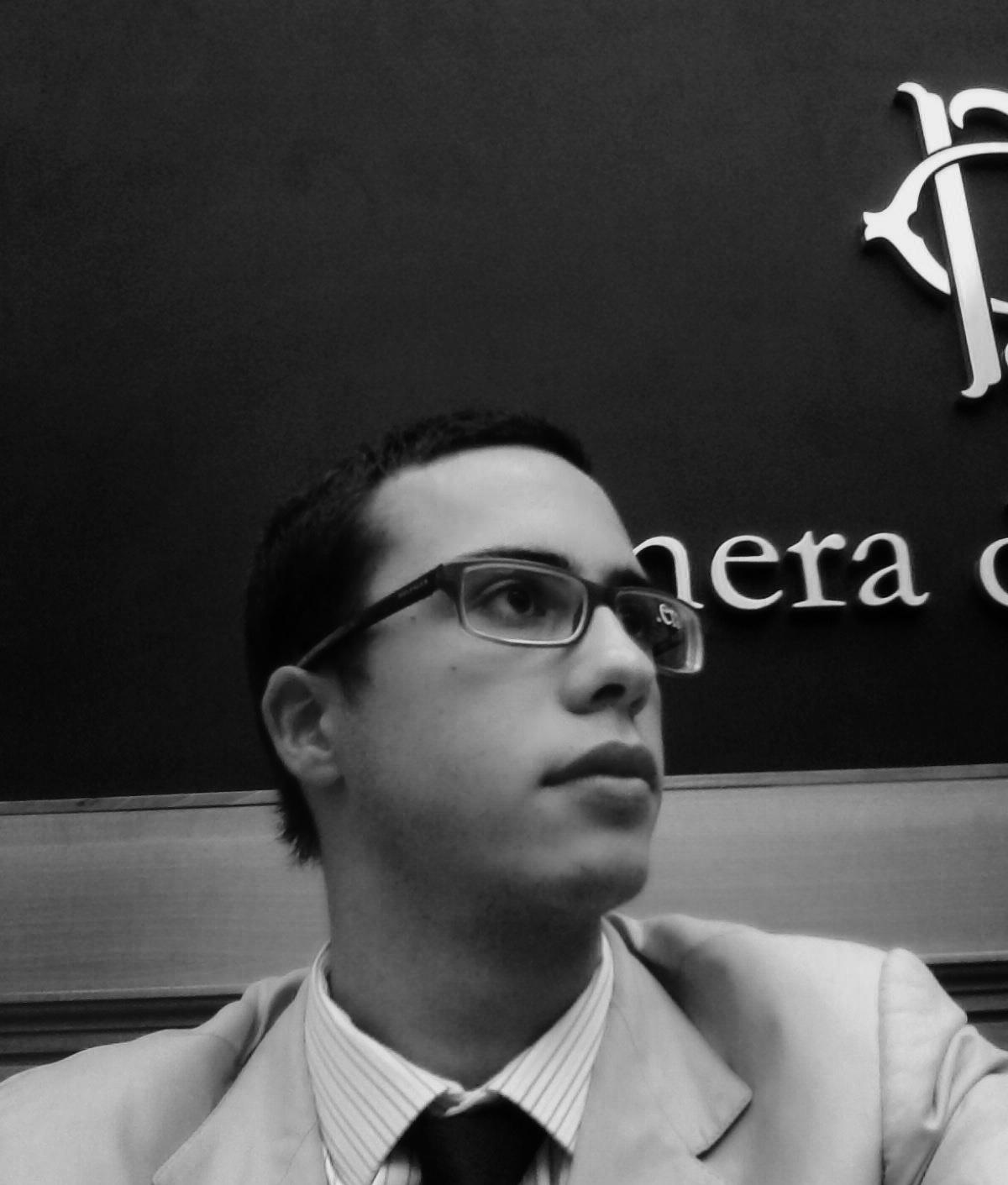 Comunicato Stampa: Pompei Finas regioni che vai scuola che trovi basta annunci spot da parte della ministra Fedeli