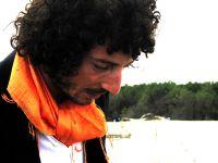 """""""CheCosaGuardi"""", il primo disco di Giacomo Fusari distribuito sui canali digitali dalla Universal"""