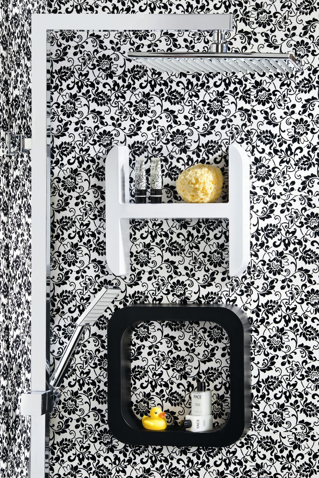 Lettering di Damast: l'accessorio di design per la doccia