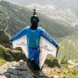 Tuta alare, troppi morti: il sindaco di Chamonix vieta i voli dal Monte Bianco