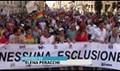 Milano Pride, sfila l'orgoglio Lgbt nel ricordo di Orlando: Mai più discriminazioni